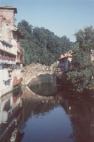 Brücke über den Nive