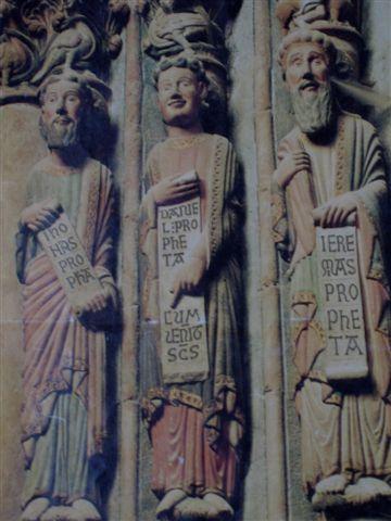 die Propheten am Haupteingang