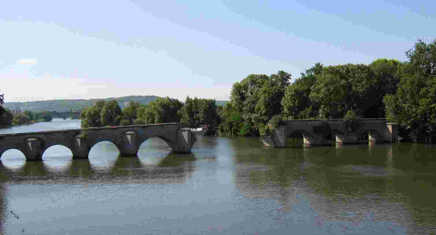 Mantes la Jolie - die alte Brücke über die Seine