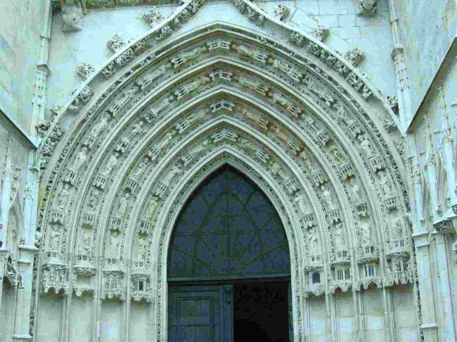 Saintes, Eingang zur Krypta von Sainte Eutrope