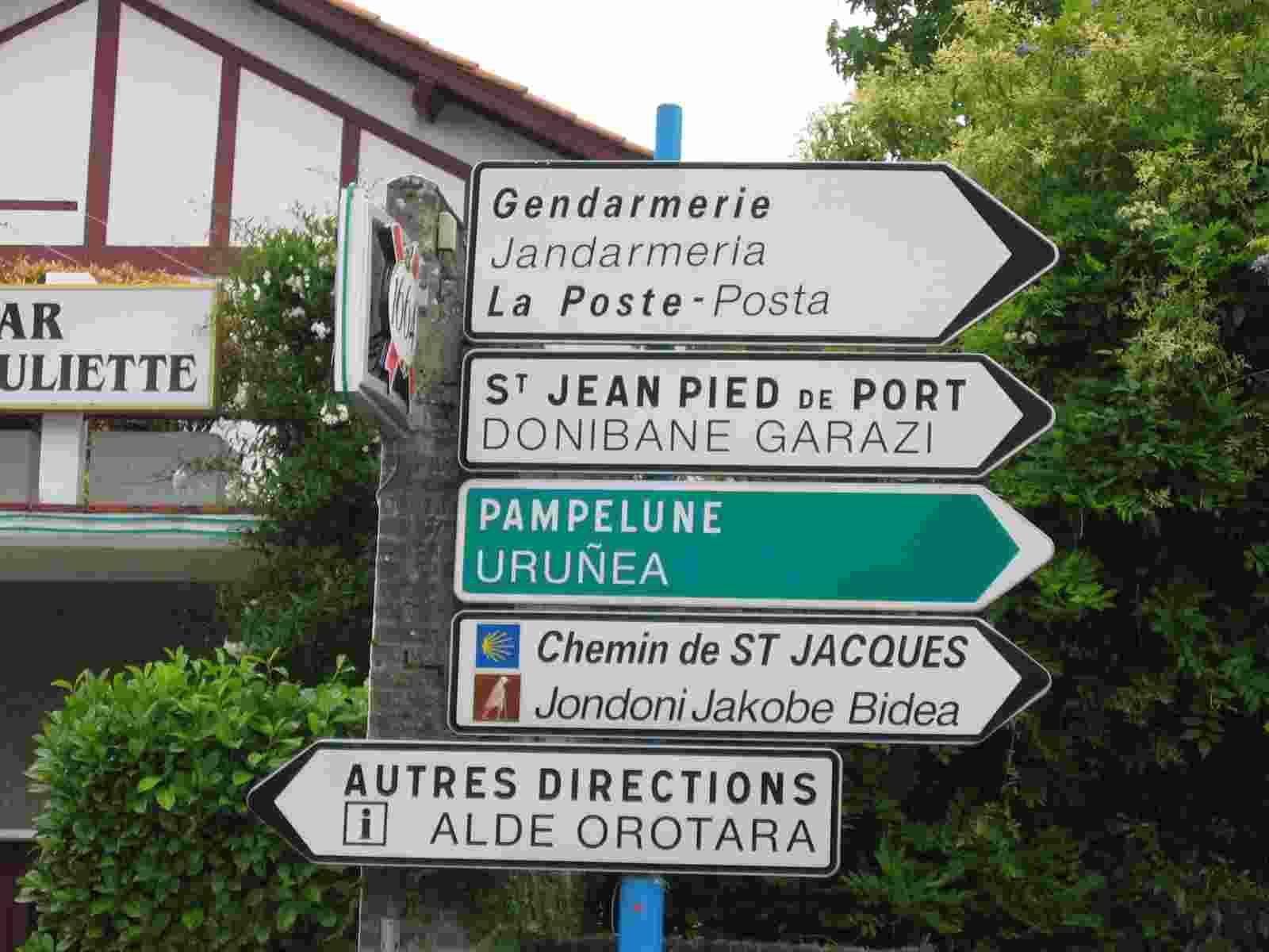 erster Hinweis nach Saint Jean Pied de Port