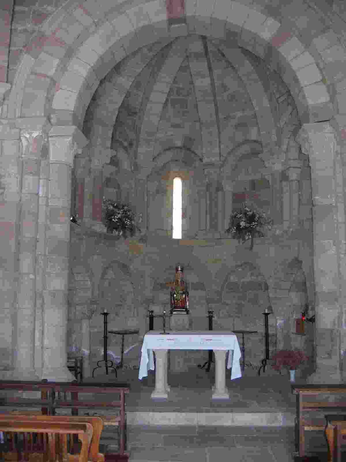 im Inneren de Kirche