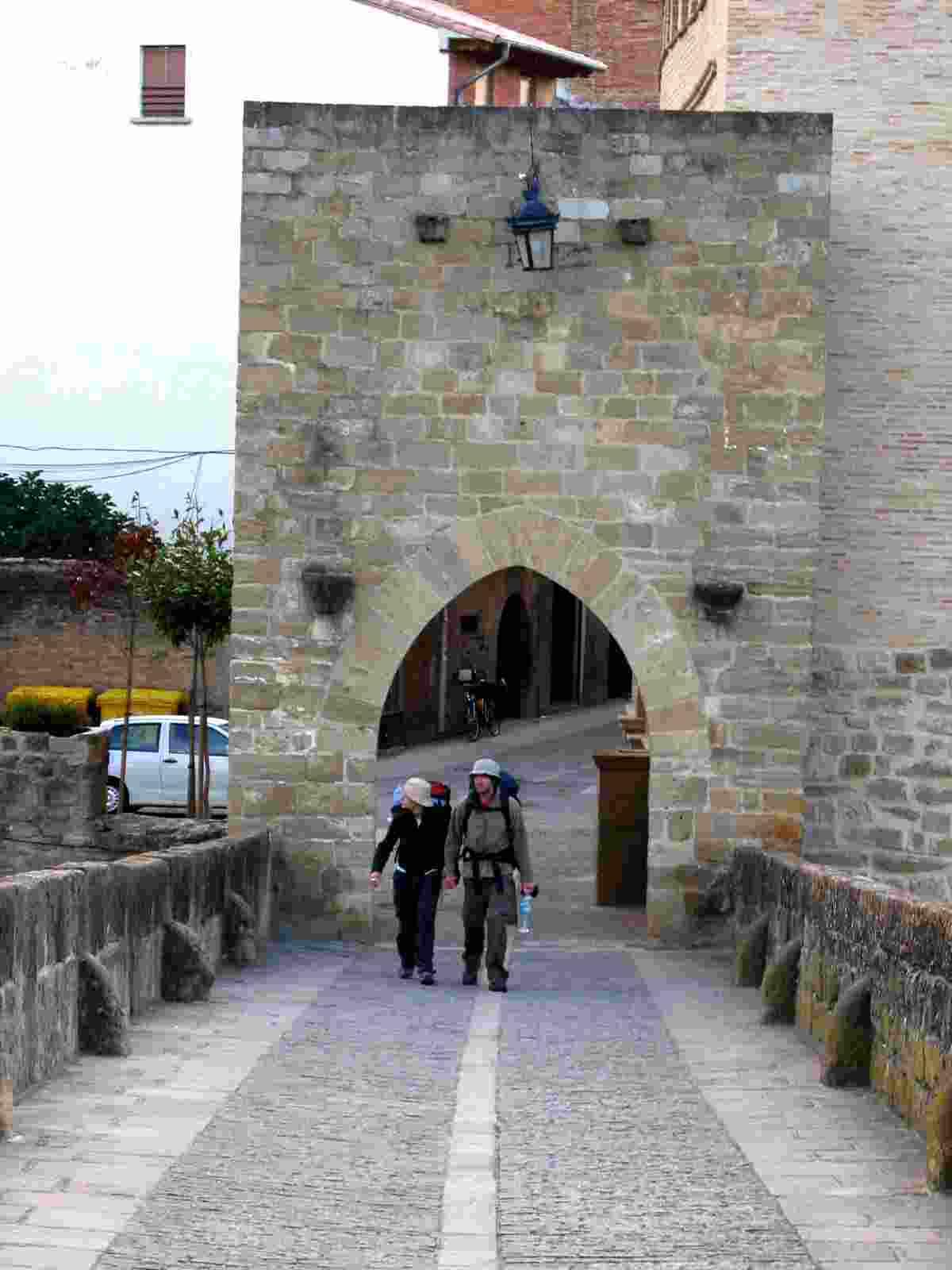 das Torhaus der Brücke