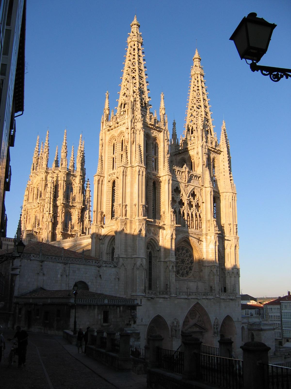 Burgos, die Kathedrale in der Abendsonne