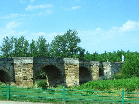 Sahagun, Brücke über den Rio Cea